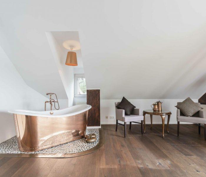 Seelodge Kremmen Hotel Am Wasser Kupfersuite Tumby Freistehende Badewanne